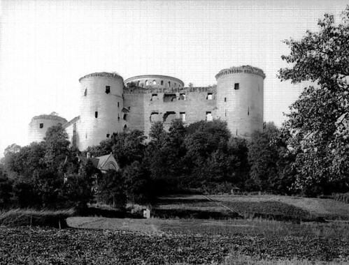 [Aisne(02)] Château de Coucy 2435565995_c8e3bf3bf3