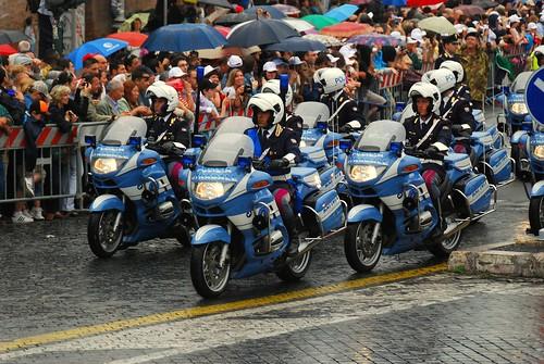 Festa della Repubblica 2 Giugno 2008 Roma moto BMW Polizia