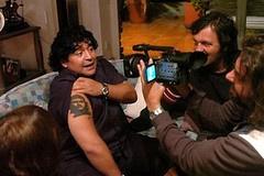 diego-armando-maradona-e-il-regista-emir-kusturica-in-una-scena-del-documentario-maradona-by-kusturica-60426