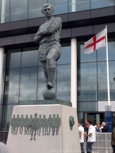 Bobby Moore's statue