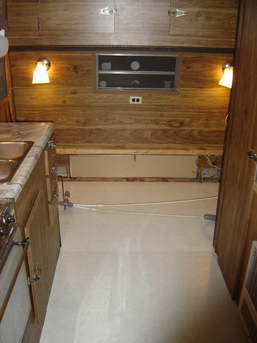 Brand new Floor in the Camper