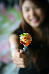 open your mouth   : O (AraiGodai) Tags: interesting shrimp explore thaifood araigordai กุ้ง ยํา raigordai araigodai