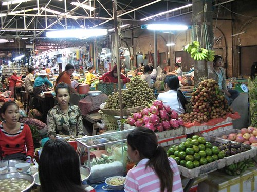 eateries inside the market
