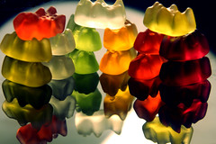 Oh, I'm a gummy bear (Mtcv) Tags: reflection cute tower colors contrast dark candy tasty gummybears haribo whitelight semicircle supershot circlearound lovesithaha