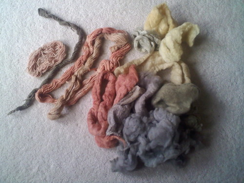 Naturally dyed fibers and roving