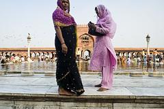 Feminine hygiene (sengsta) Tags: india monument delhi muslim islam mosque jamamasjid mughal