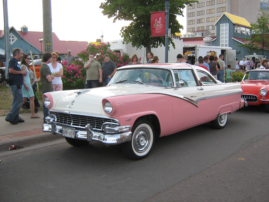 The Worlds Most Recently Posted Photos Of Fairlane And Pink 1953 Ford Crown Victoria Skyliner 1956 Jarviseye Tags Auto Show Canada Car