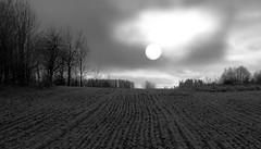Daylight moon (VirumPhoto - Svein J Lindstad) Tags: ih