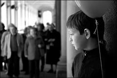 Torino 0138 (malko59) Tags: street urban blackandwhite torino balloon explore turin biancoenero italians palloncino bwemotions diecicento aplusphoto malko59 marcopetrino