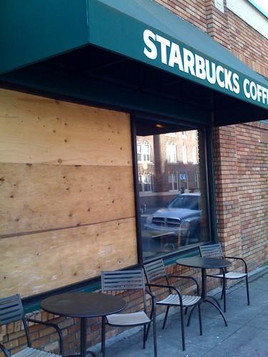 Ave Starbucks