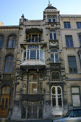 Huis Verhaege, Schaarbeek (Erf-goed.be) Tags: geotagged brussel schaarbeek archeonet louisbertrandlaan gustavestrauven geo:lat=508635 huisverhaege geo:lon=43758