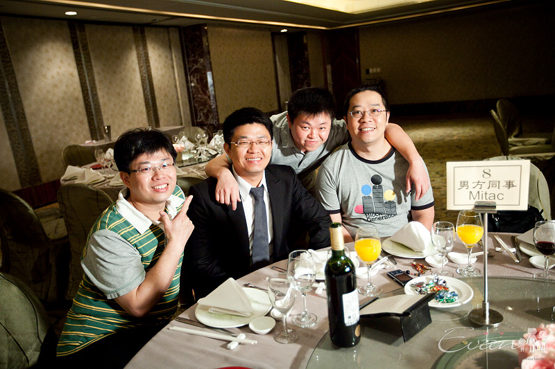 [婚禮紀錄]輝宏&欣怡婚禮攝影午宴_040