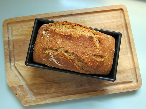 No Knead Whole Wheat Loaf