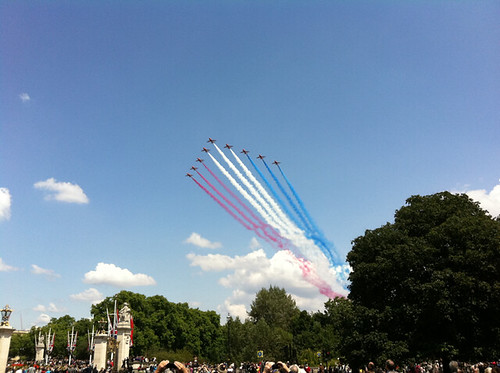 The Red Arrows by alistair gleave