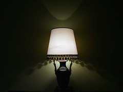 No ordinary lamp (Sator Arepo) Tags: leica light shadow green lamp magic atmosphere verona aladdin lowkey digilux 1450mm mywinners digilux3 retofz090428