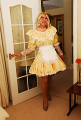0505 (jennella pettilove) Tags: white ruffles uniform lace feminine tgirl apron transvestite romantic lacy maid housewife crossdresser nylon maids pinafore pinny frilly tablier frenchmaid frills kittel petticoats zoccola sissymaid housemaid softcotton grembiulino schort kitchenmaid malemaid schorten puttanella meninaprons schortje aproned maidsdress waistapron sissymaidsapron satinapron schurze domesdtica waitressapron housewifeapron