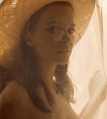 Laura Antonelli fraai naakt dan wel naked … « De Vliegende Reporter
