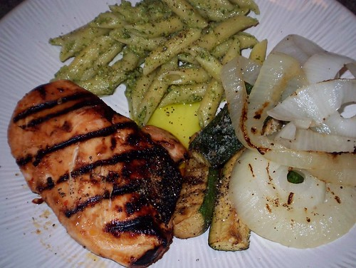 simple grilled chicken and vegetables