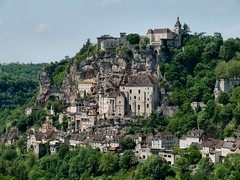 Rocamadour village (dynamosquito) Tags: panorama france landscape lot eu panoramic paysage rocamadour quercy midipyrnes plusbeauxvillagesdefrance panasoniclumixdmcfz50 dynamosquito