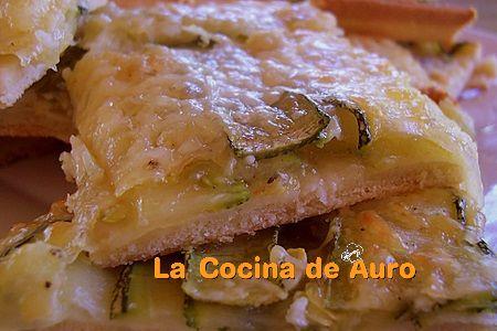 coca de calabacin y queso