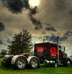 Dragon (Jamie Amodeo) Tags: ontario canada truck dragon transport olympus pa flame e3 custom 2008 hdr 18wheeler freightliner photomatix bigrigbuildoff stirlingtruckshow jonesperformance trukrodz