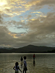 4 (augusto rosa) Tags: light summer lake brasil kids day memories adventure explore curiosity habitante chidhood
