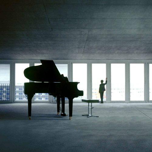 想飛的鋼琴少年.jpg