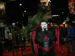 Hulk Smash? (BelleChere) Tags: costume cosplay hulk wizardworld wizardworldchicago mistersinister