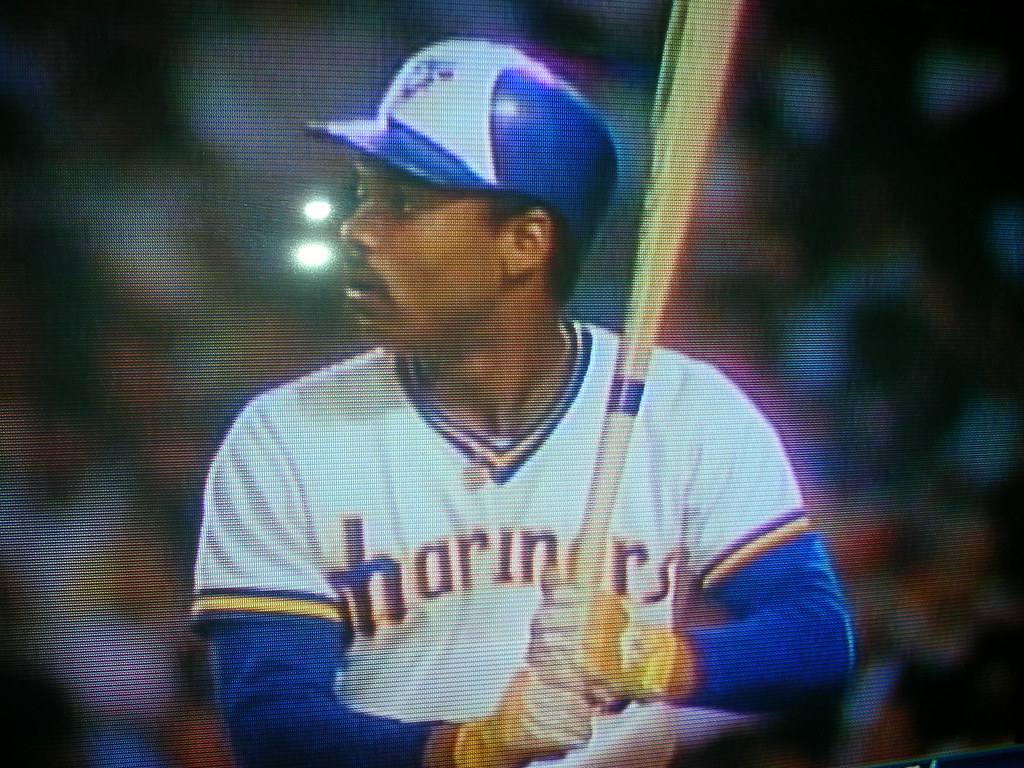 417767695 ... so he also became the first player ever to wear Blue Jays gear in an All -Star Game (Toronto s lone representative on the AL roster
