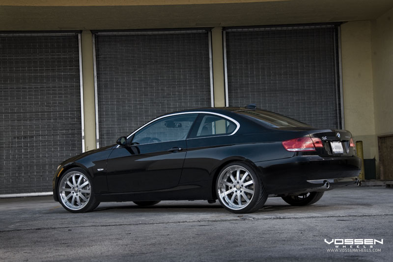 BMW 335 Coupe on Vossen VVS083 Wheels