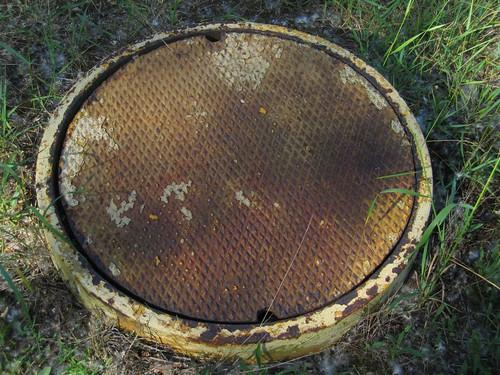 Sanitary sewer manhole