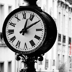 Midi 10 (Nadia || Magnolias Prod.) Tags: city blackandwhite bw paris france clock europe time noiretblanc kodak montmartre nb sacrcoeur horloge midi temps ville magnolias paname kodakz650 bwartaward nadiamichel novusvitanewlife