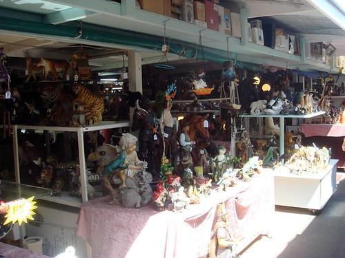 Carara Market4