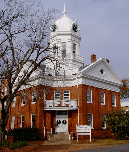 Monroeville (AL) United States  city photos gallery : Old Monroe County Courthouse Monroeville, Alabama by courthouselover