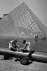 PARIS (hub2phot) Tags: paris pyramidedulouvre