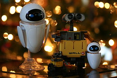 Wall-E, Eve, and the little ones (astanse(Angela Stansell)) Tags: santa christmas movie december action bokeh disney robots list pixar angela 2008 figures connors christmaslight otw mycameraneverlies dragondaggerphoto transformingwalle astanse myphotographicmemory transformingeve smallwalle smalleve