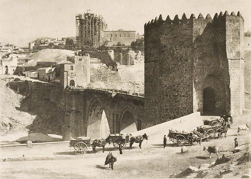 Puente de San Martín y San Juan de Los Reyes (Toledo). Foto del escocés James Craig Annan en 1914
