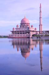 Landscape_Putrajaya_003 (Sutheshnathan) Tags: beauty glitter capitol malaysia goverment bestshot d300 aplusphoto colourartaward sutheshnathan