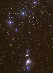 Orion - belt stars and nebula M42 (xollob58) Tags: star belt telescope mounted orion m42 stern piggyback stacked constellation teleskop gürtel registax ngc1976 montiert sternbild verylongexposure canoneos50d photoshopcs3 flickrgolfclub celestronnexstar4gt january2009 sehrlangebelichtungszeit inearlyfrozetodeath gestacked ichbinbeinaherfroren