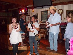 101_0754 (Silky Sullivan) Tags: pictures music irish classic beer breakfast bar dinner fun lunch restaurant losangeles pub chili dancing photos memphis live livemusic cook off entertainment bands drinks brunch nightlife orangecounty cocktails 2009 irishpub happyhour sportsbar chilicookoff fountainvalley silkyosullivans silkysullivans silkysullivanschilicookoff bestirishpub