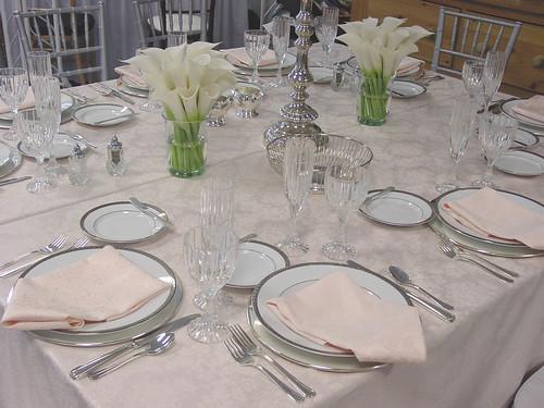 calla-white-centerpieces-table -setting-wedding-reception & calla-white-centerpieces-table -setting-wedding-reception - a photo ...