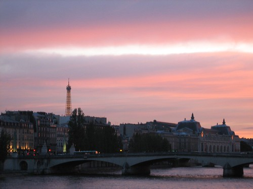 080528. sunset over the seine.