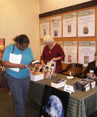 Fantasy Fest, Carrollwood Barnes & Noble 7