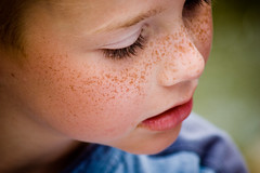 FRECKLES (innees) Tags: baby color art beauty face pretty child freckles naturallightkids portatrait agnieszkazaleska agnieszkakrajewskazaleska
