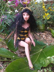 #73 Veruca ~ Wasp Fairy (Nenfar Blanco) Tags: sculpture art doll wasp oneofakind ooak fairy fantasy clay faerie hada fae polymer nenufarblanco