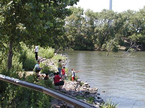 chicagoriver7-06-08orginspark2