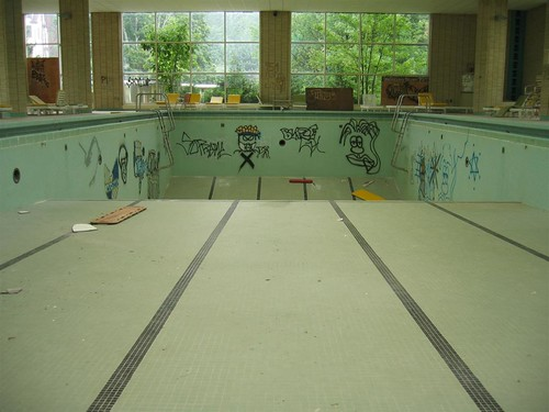 Graffiti in the pool at the Pines Hotel