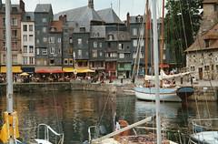 Honfleur (Michele*mp) Tags: france port geotagged harbor europe normandie honfleur normandy calvados vieuxbassin geo:lon=0233202 lieutenance geo:lat=49420633 top20travelpix michelemp