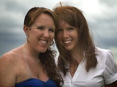DSC_320801 (Patti Sullivan Schmidt) Tags: girls portrait smiling sisters women pretty blueeyes young stormy redhair allrightsreserved collegeage copyrightpatriciaschmidt