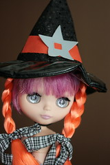 How you say...Trick or CAndy? (The Dolly Mama) Tags: halloween french toys doll blythe bisous